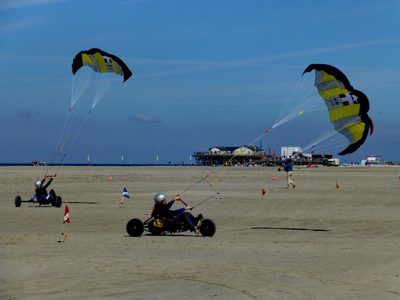 Kitebuggy in St.Peter-Ording - JGA oder Firmenevent