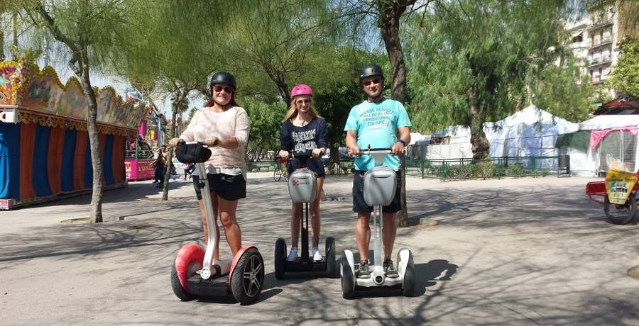 Segway in Barcelona mit deutschsprachigem Guide