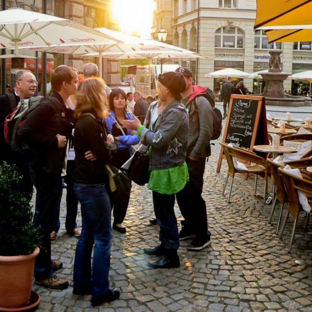 Teilnehmer der legendären Kneipentour in Leipzig