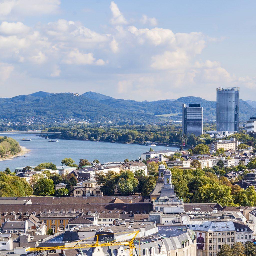 Blick auf Bonn und den Rhein