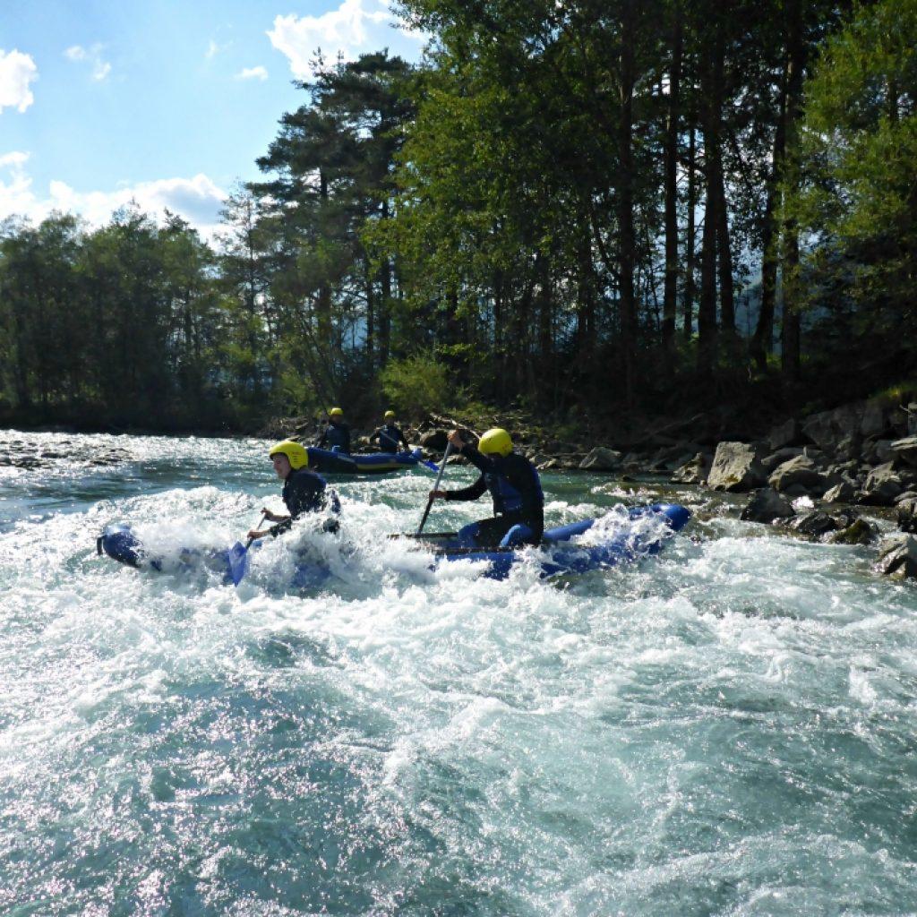 Zwei Canadier Rafter in Tirol