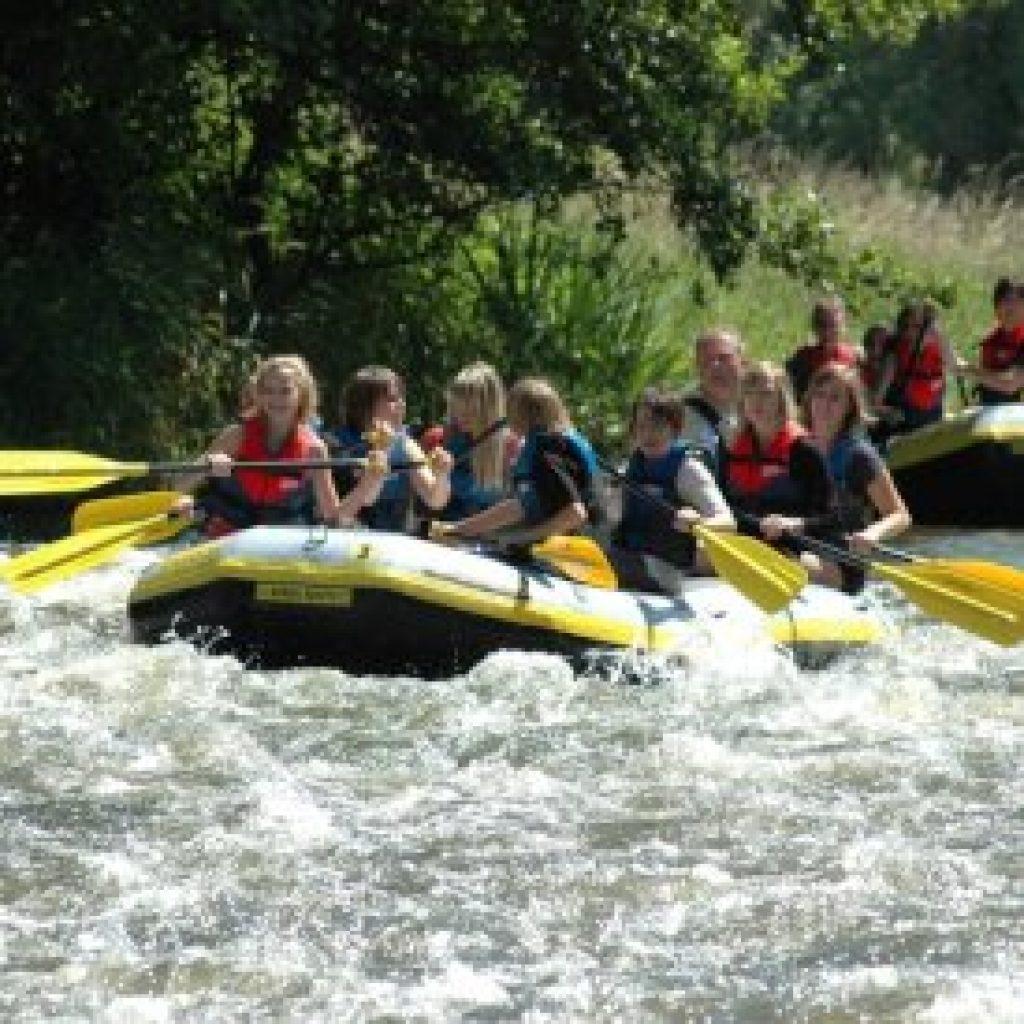 Rafting Boote auf der Rur in NRW