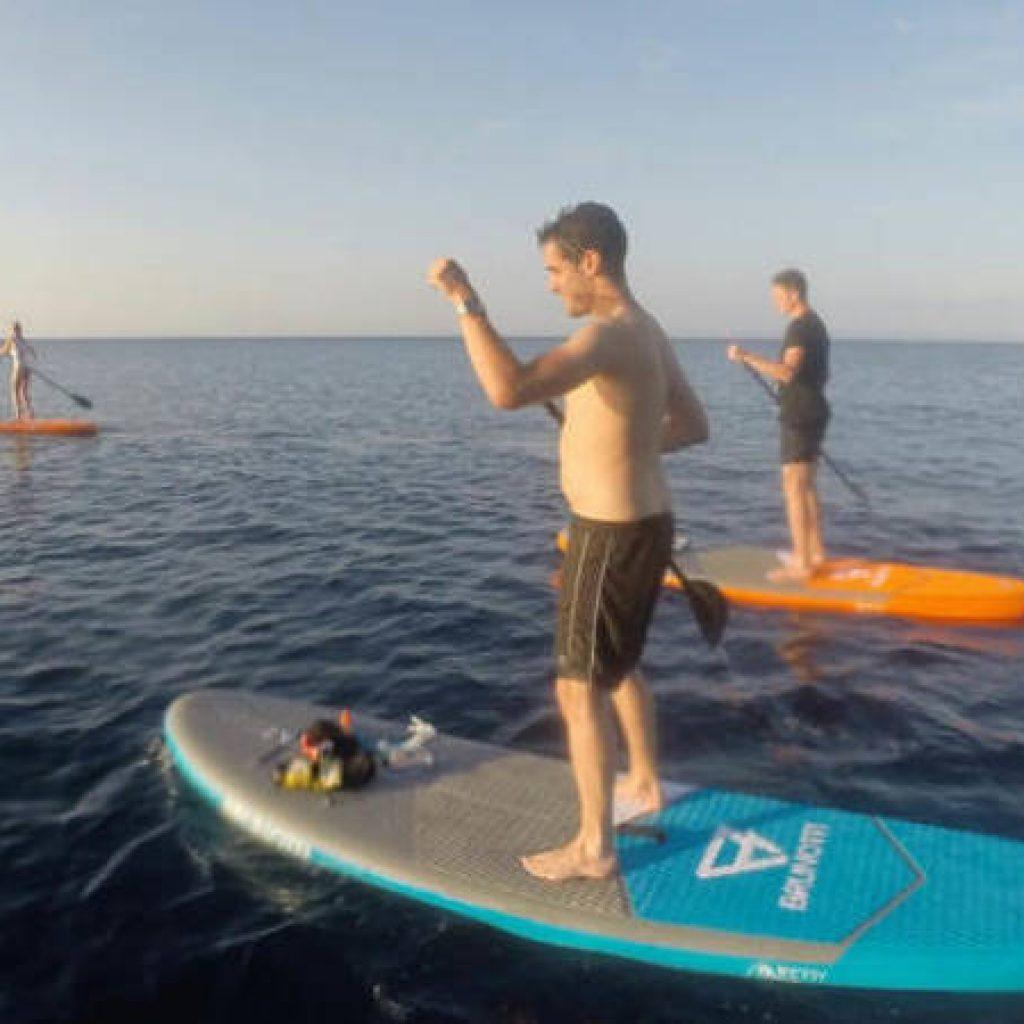 Standup Paddler im Meer vor Mallorca