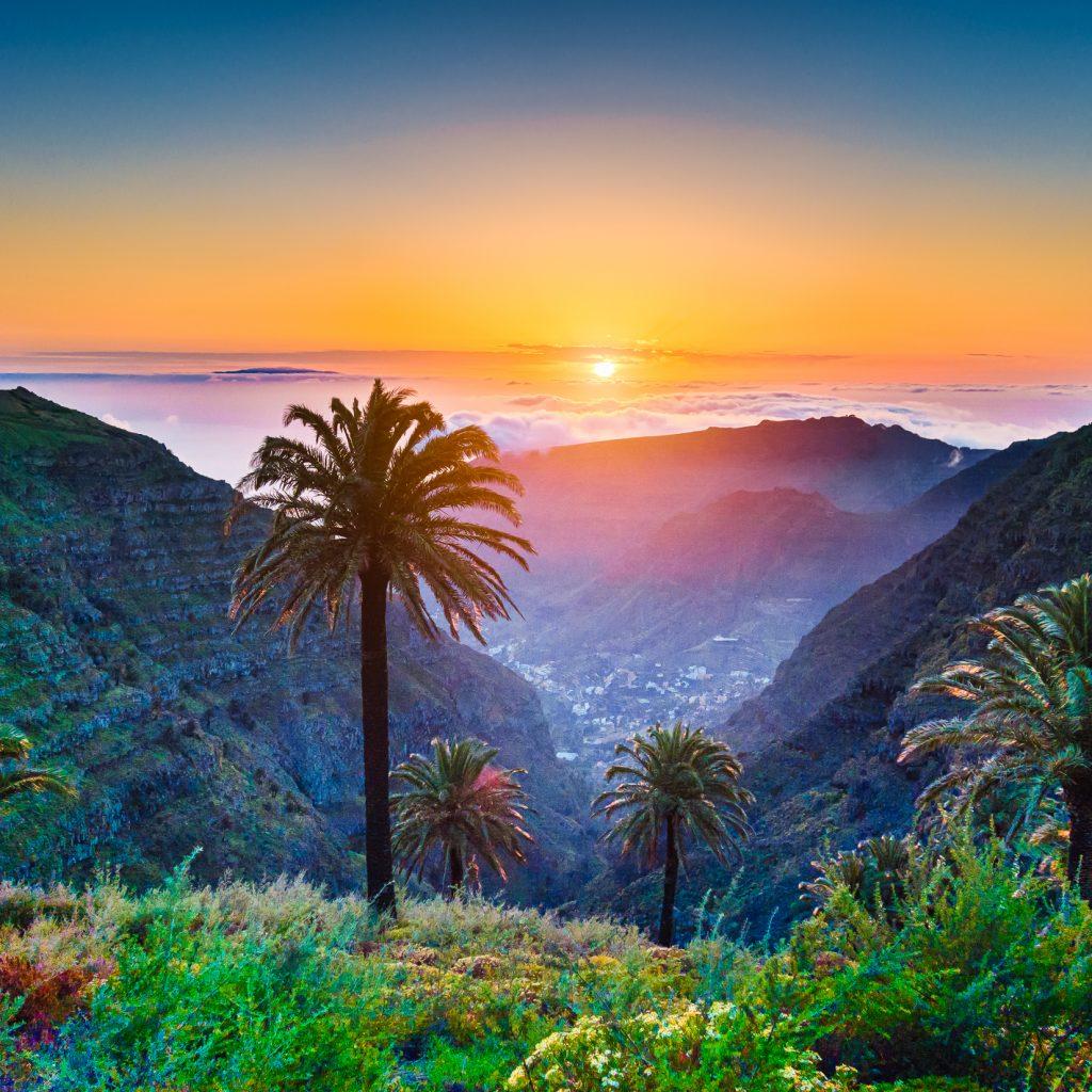 Landschaft auf den Kanaren bei Sonnenaufgang