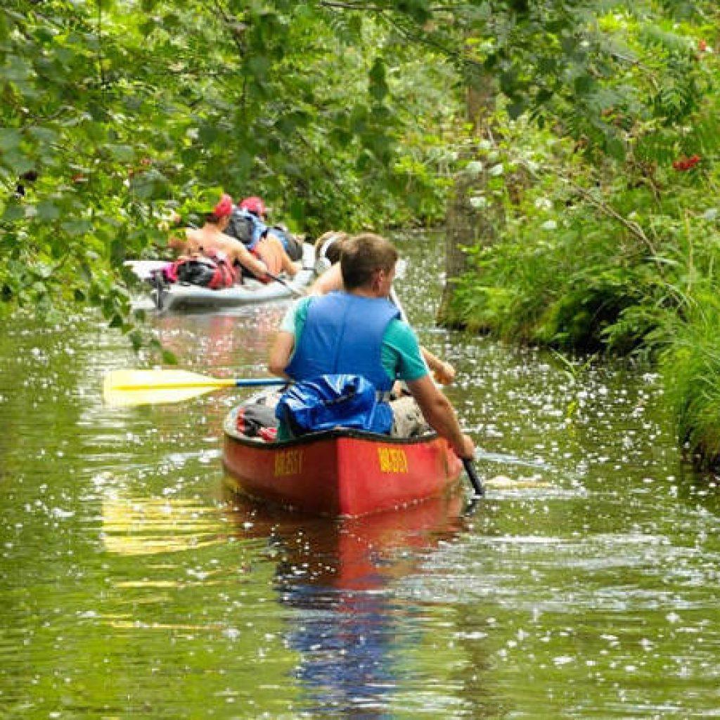 Kanus auf der Mecklenburgischen Seenplatte